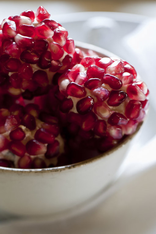 Stefano Scatà Food Lifestyle and Interiors photographer - Pomegranates