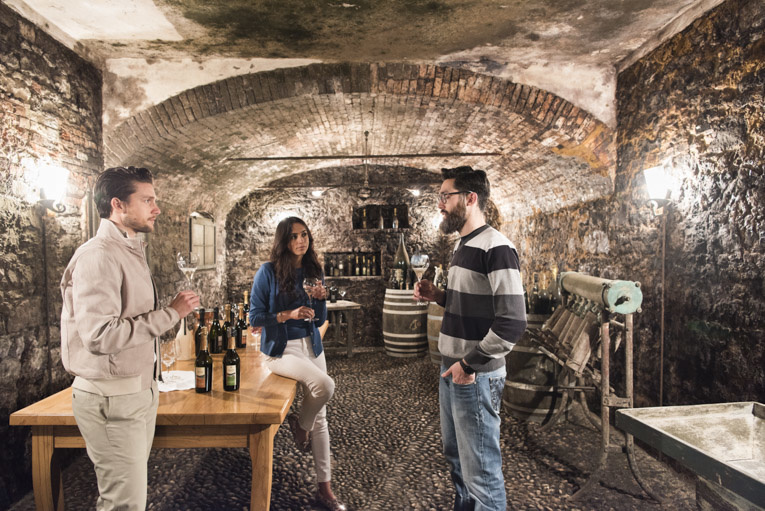 Stefano Scatà Food Lifestyle and Interiors photographer - Venetian White Wine Experiece
