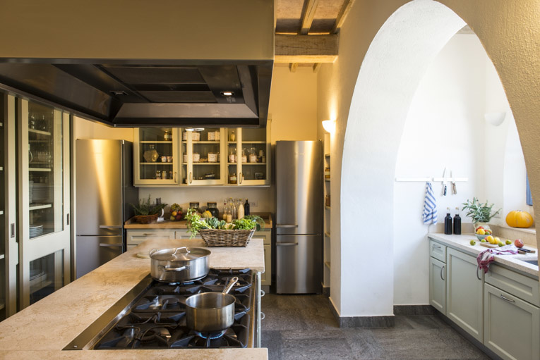 Stefano Scatà Food Lifestyle and Interiors photographer  Borgo Pignano