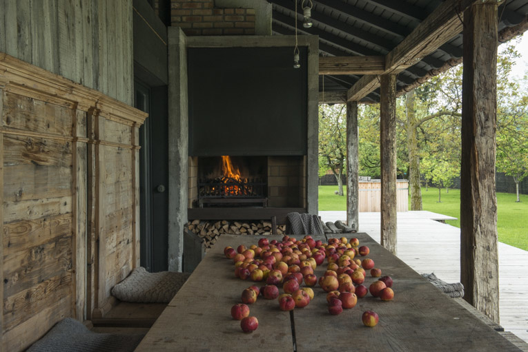 Stefano Scatà Food Lifestyle and Interiors photographer  Traditional Rumanian house in Breaza