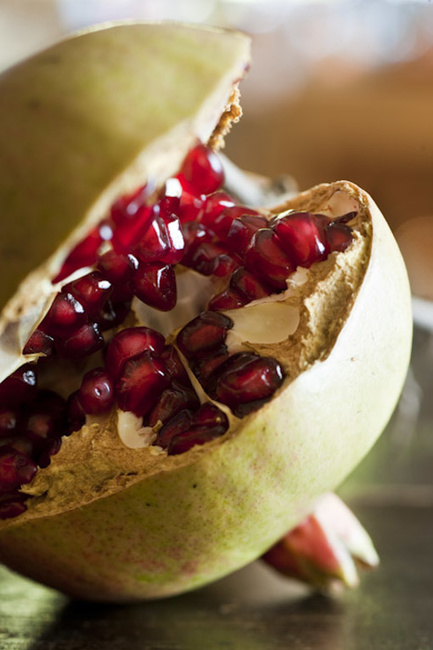 Stefano Scatà Food Lifestyle and Interiors photographer  Pomegranates