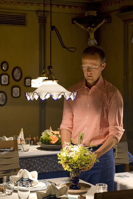 Stefano Scatà Food Lifestyle and Interiors photographer  Cooking with flowers at Hotel La Perla