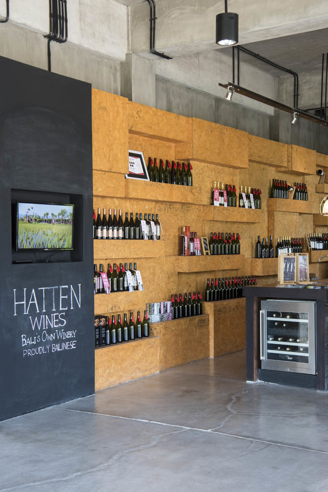 Stefano Scatà Food Lifestyle and Interiors photographer  Hatten wines in Bali